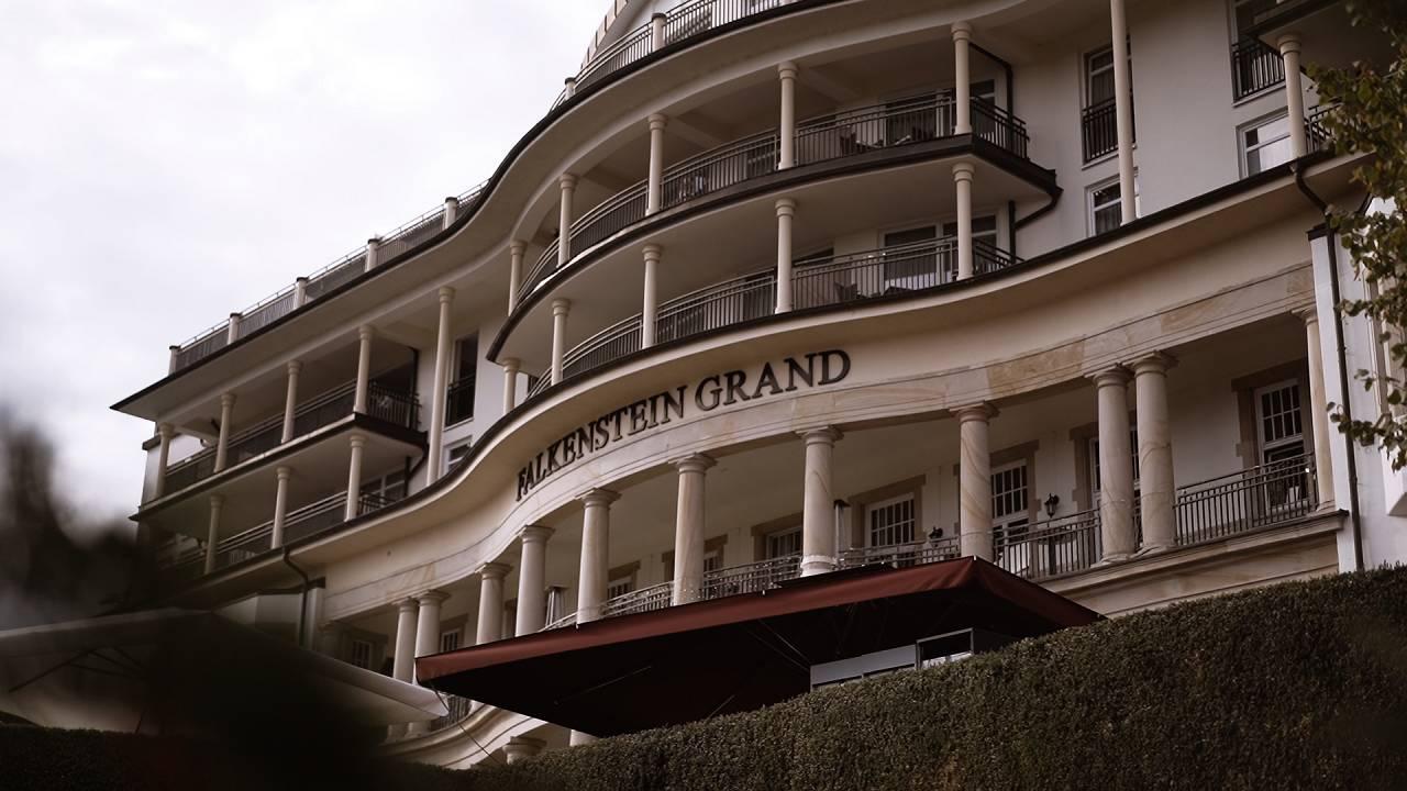 Caroline & Alexander | Falkenstein Grand Kempinski